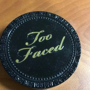 Too faced cocoa foundation powder